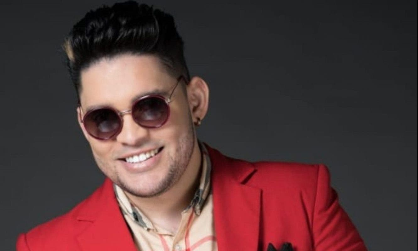 Rafely regresa como solista con madurez y el apoyo de su padre