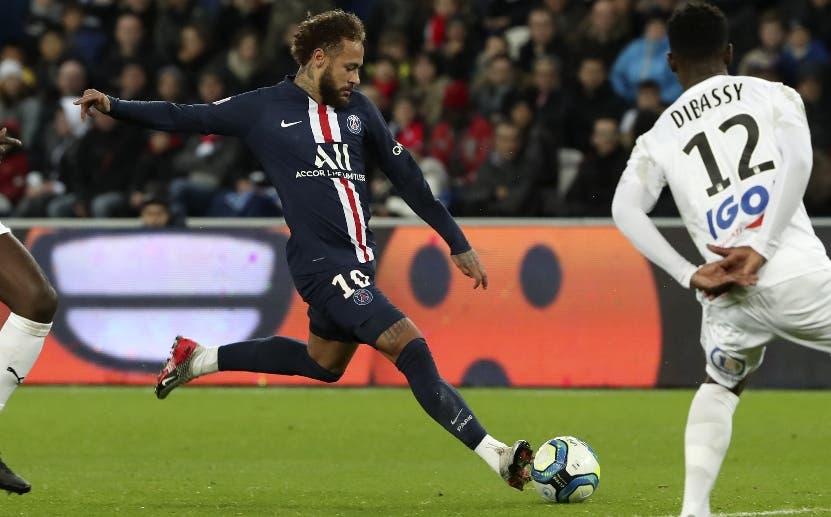 Neymar y Di María lideran en Francia