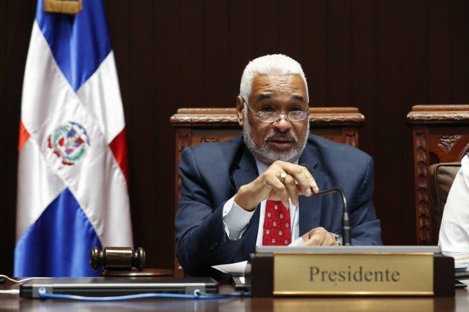 Diputados convierten en ley emisión de bonos por RD$246 mil millones