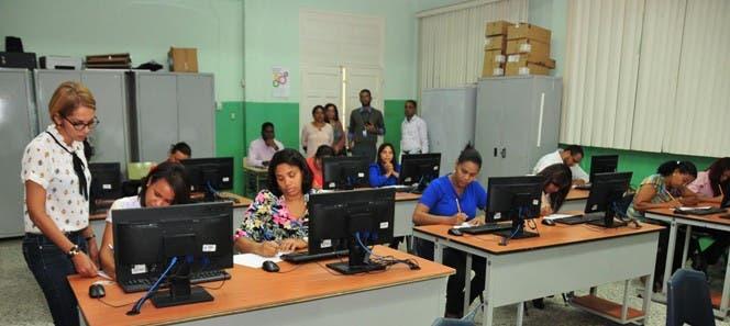 Educación convocará concurso de oposición docente en enero
