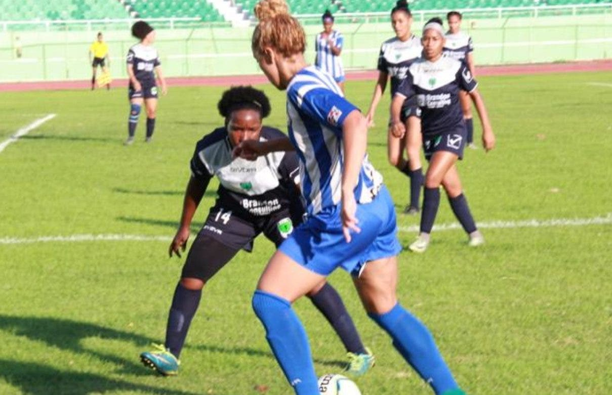Bob Soccer y Cibao ganan en Liga Femenina de  Fútbol