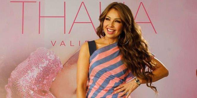 Thalía felicita a su abuela a través de videollamada por su 102 cumpleaños