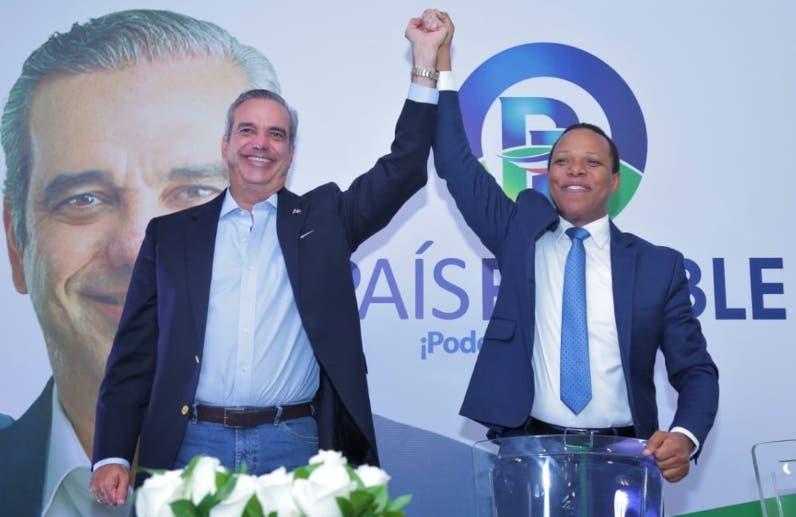 Luis Abinader recibe respaldo de País Posible