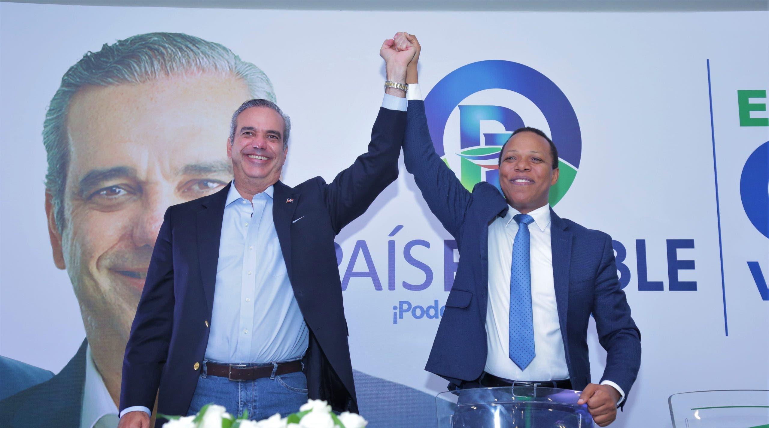 País Posible proclama a Luis Abinader como su candidato presidencial