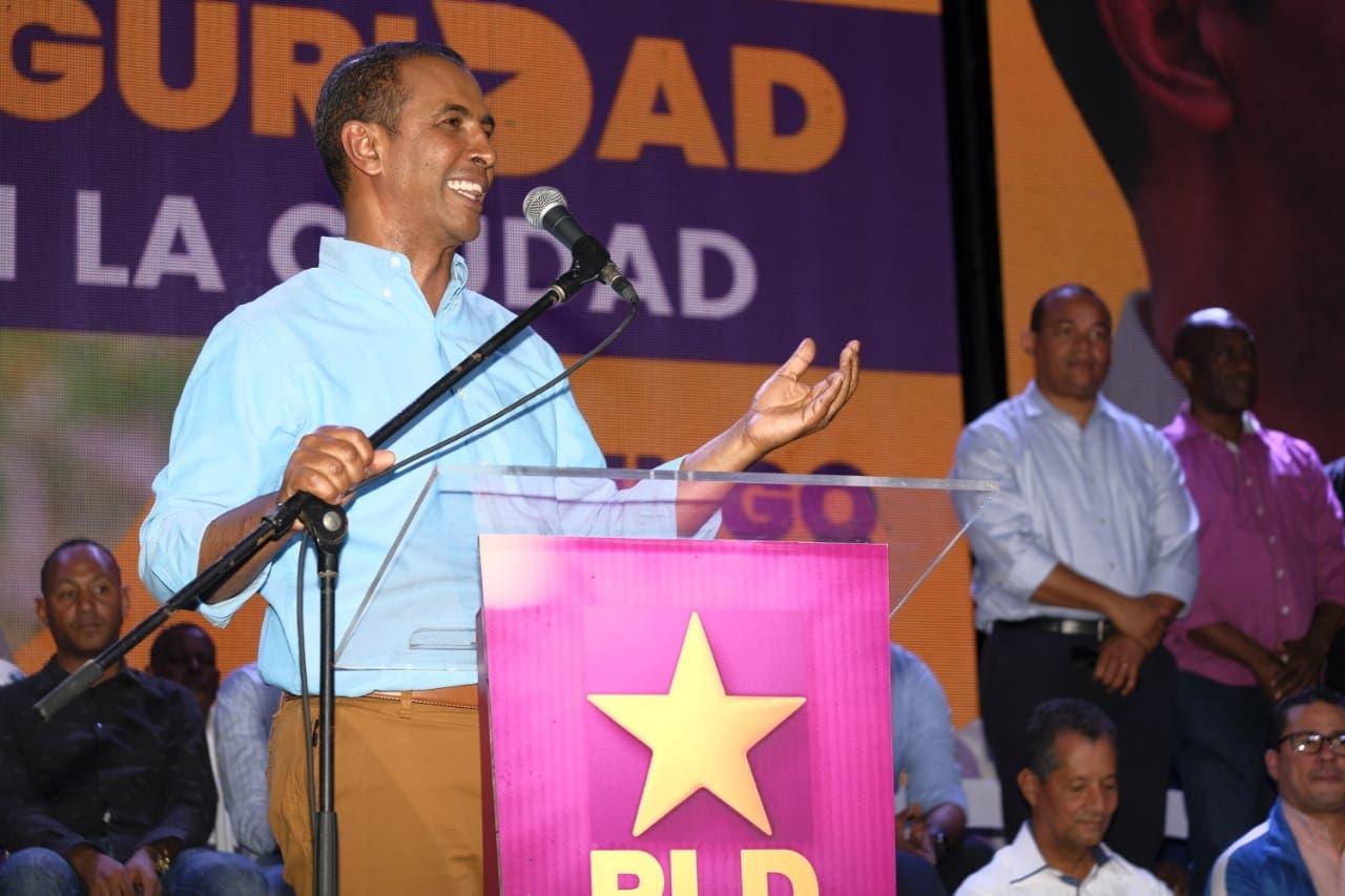 Domingo Contreras traza ruta a coordinadores para ganar elecciones