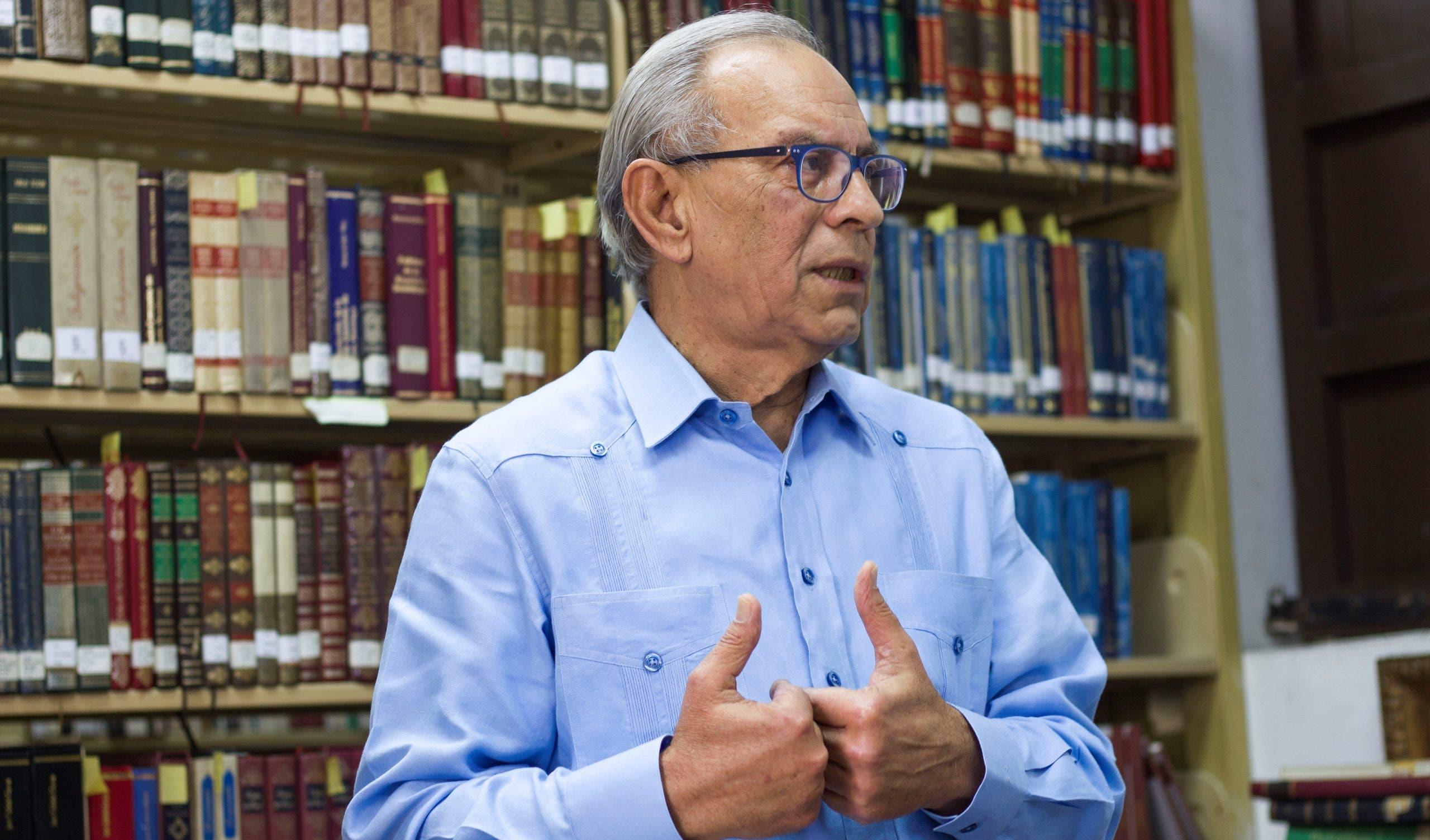 """Bibliófilos podrán a circular """"Obras Completas"""" de Tomás Hernández Franco"""