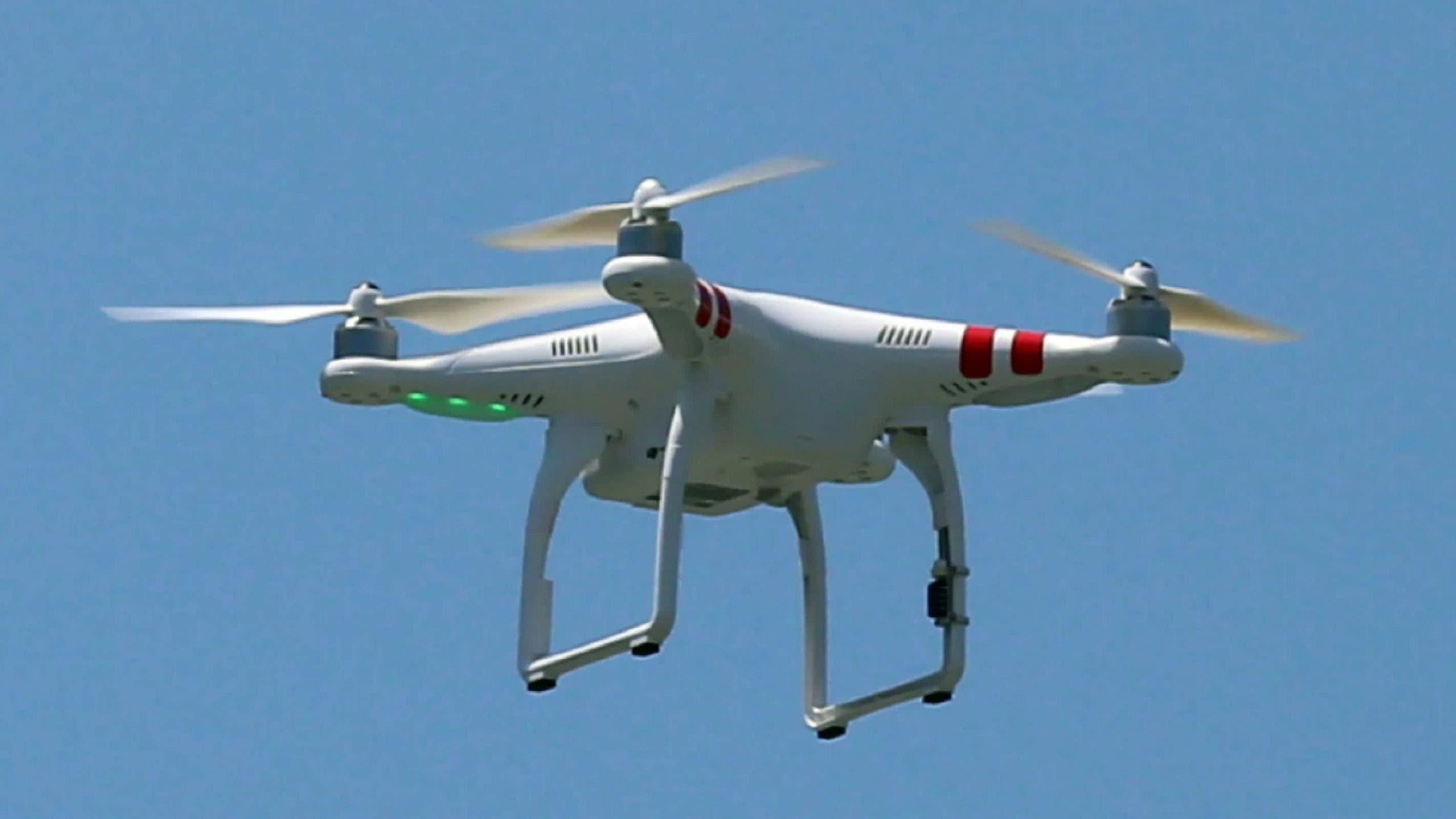 IDAC aclara está prohibido volar drones sobre la Plaza de la Bandera