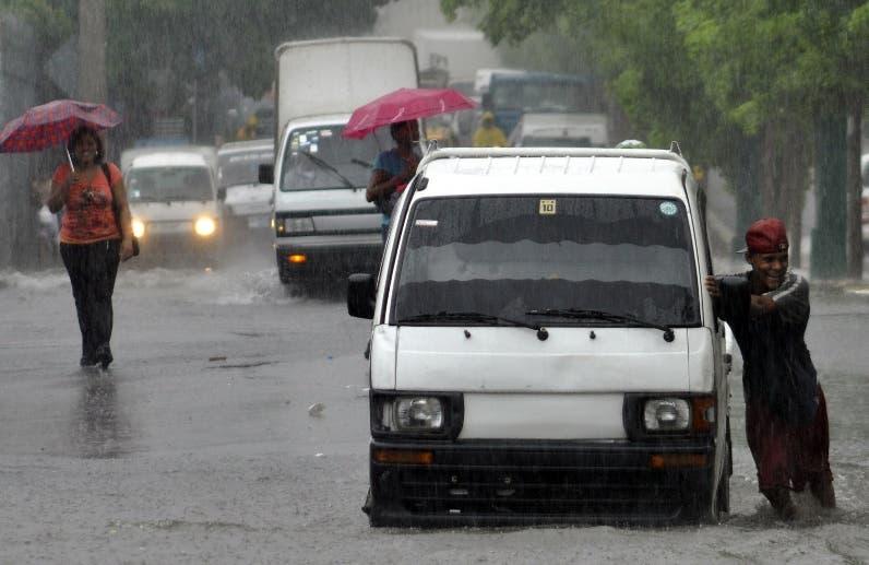 Meteorología: Siguen los aguaceros; hay 9 provincias en alerta