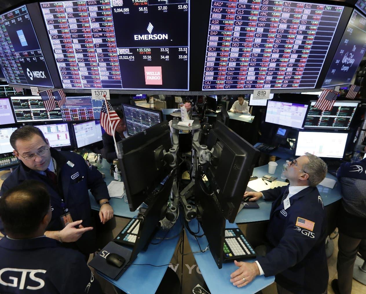 El coronavirus provoca pánico en Wall Street y bajas en precios petróleo