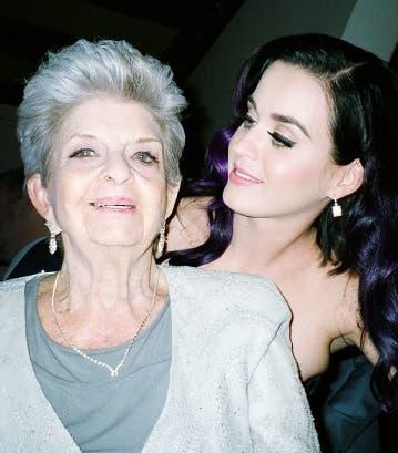 Fallece abuela de la cantante Katy Perry