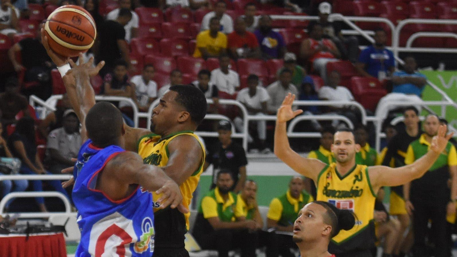 Torneo baloncesto de Distrito Nacional suspendido por Covid-19