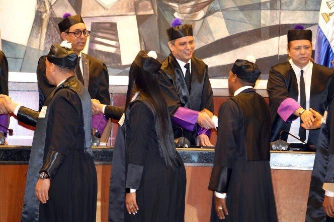 Juezas ocupan 451 de 770 plazas en el Poder Judicial