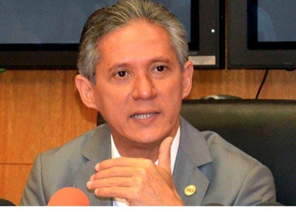 Haivanjoe Ng Cortiñas propone una gracia ITBIS  a vacunados