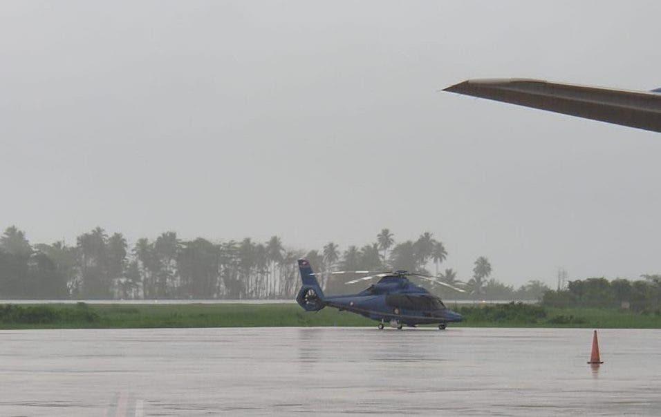 Helicóptero donde viajaba Danilo Medina aterriza de emergencia en Samaná por condiciones climáticas