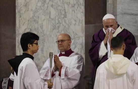 El papa cancela su retiro espiritual por un resfriado