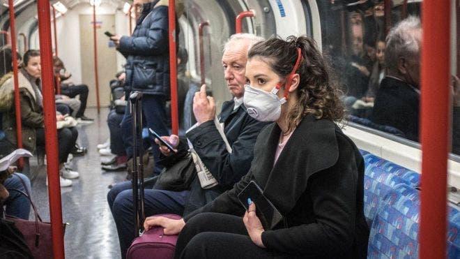 Coronavirus: cuán peligroso es realmente viajar en metro, autobús y avión a causa del brote