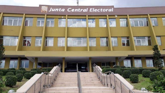 JCE convoca agrupamiento con delegados políticos de partidos para arreglar estamento coetáneo del dictamen en el afuera