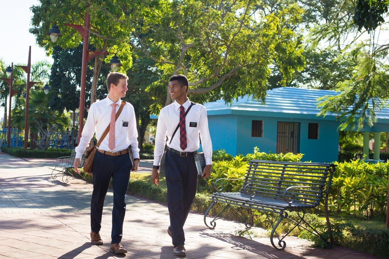 Iglesia facilita vuelo humanitario para regreso de dominicanos por COVID-19