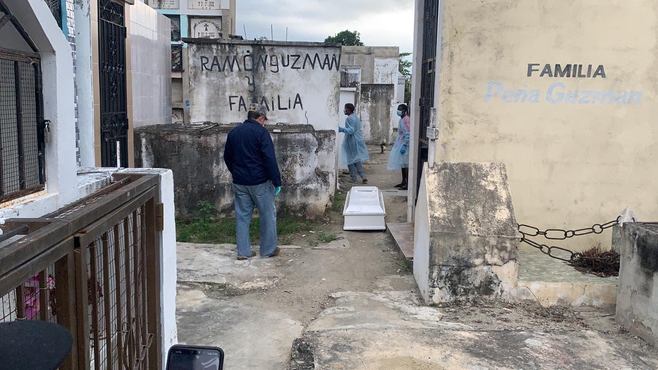 Abandonan otro cadáver por temor al covid-19 en Santiago; es el segundo en menos de una semana