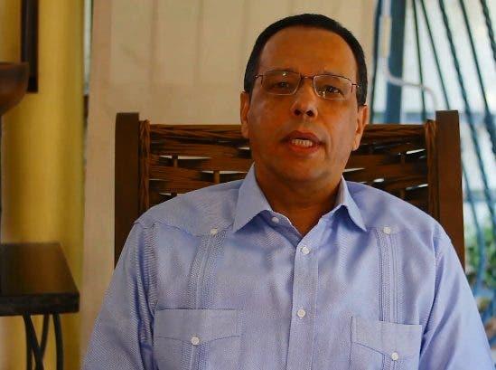 Ministro de Educación exhorta sociedad a mantenerse unidos para salir de Covid-19