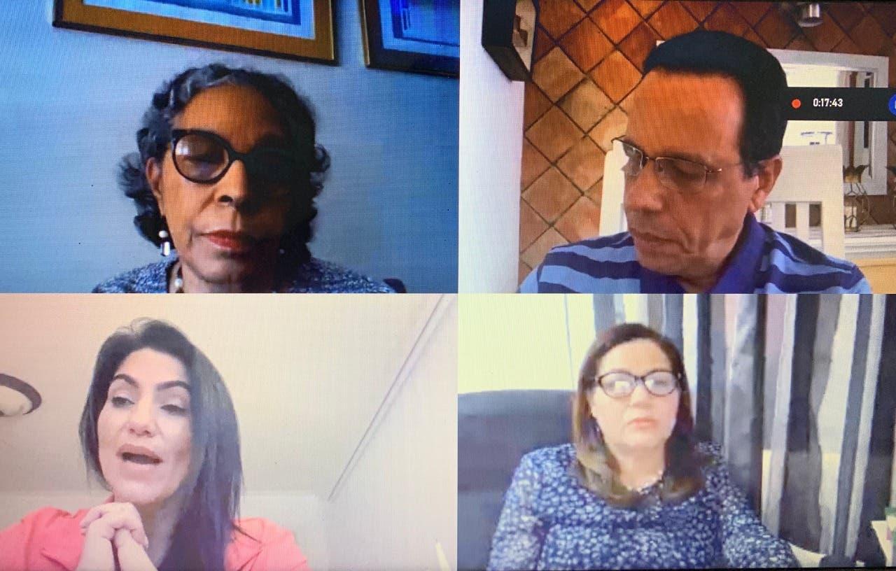 Peña Mirabal recibe informe sobre situación actual de la comunidad educativa