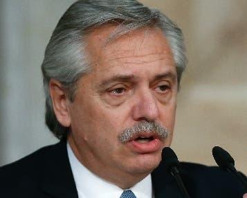 Gobierno aplaza el canje de su deuda pública
