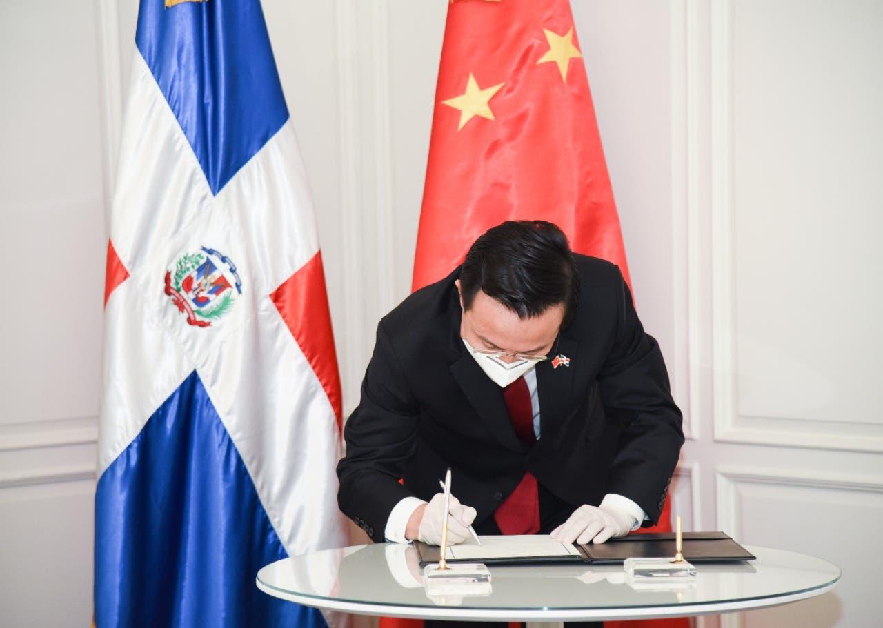 China admite peste porcina en RD afectará intercambio comercial