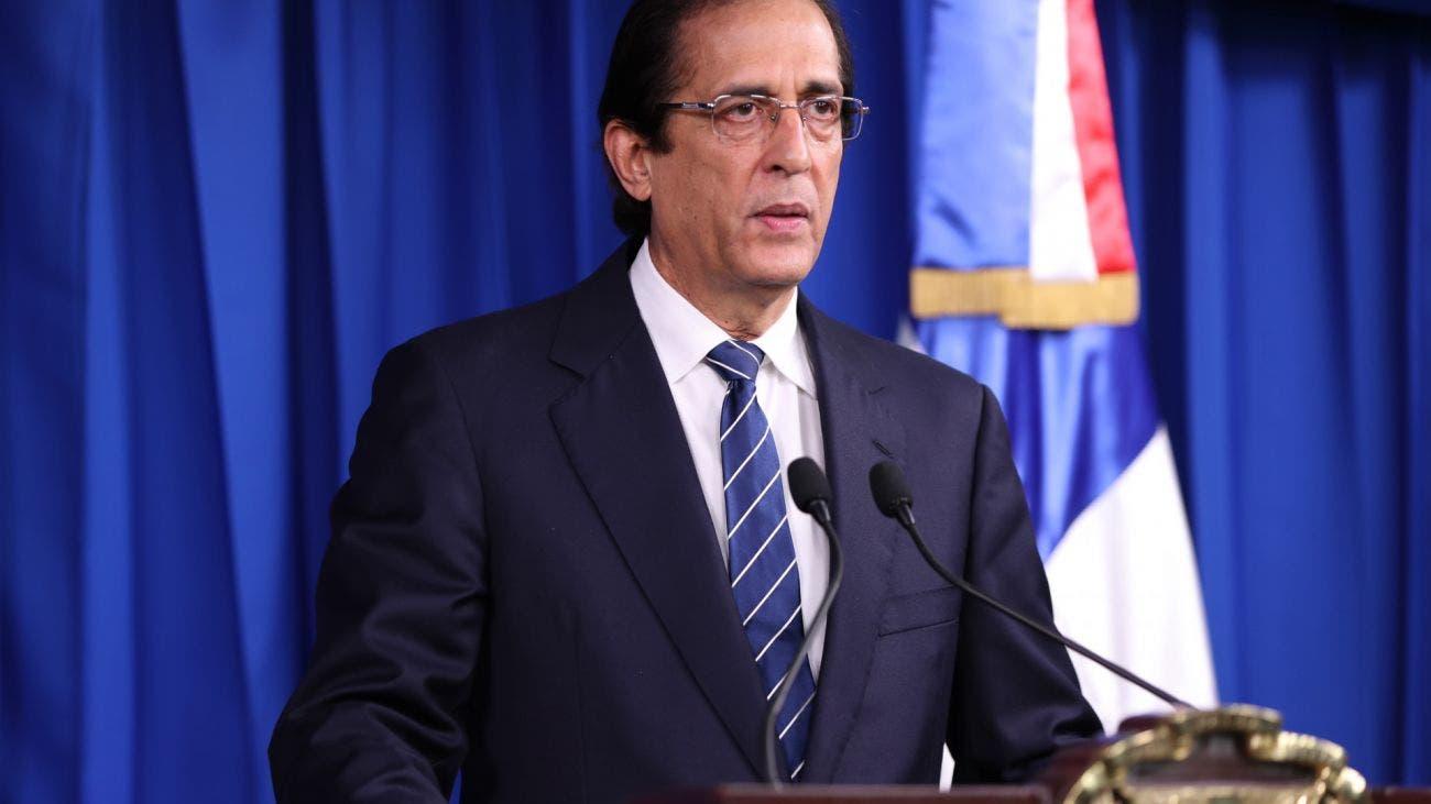 Ministro Gustavo Montalvo, primer latinoamericano en presidir la Cumbre Mundial sobre la Sociedad de la Información