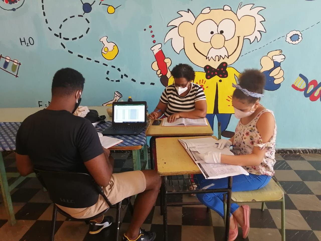 Estudios de secundaria hechos de manera virtual en escuelas EEUU aún no son validados por Educación