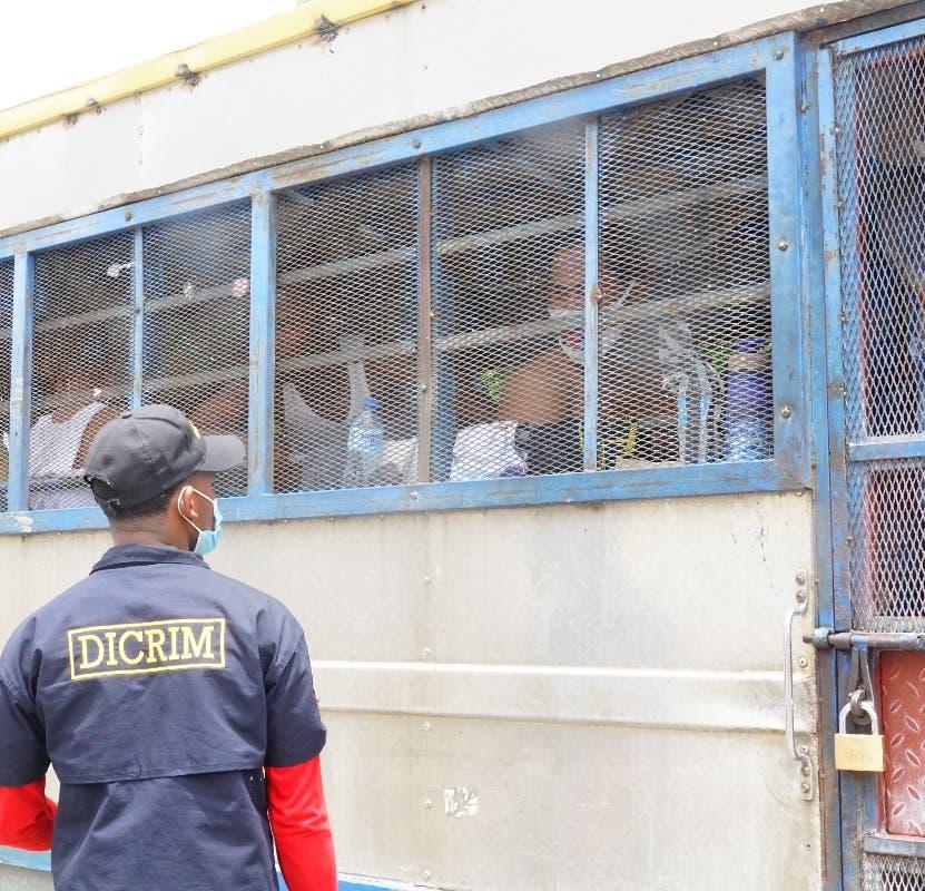 Procuraduría y SCJ, en conflicto por  imputados alojados autobús