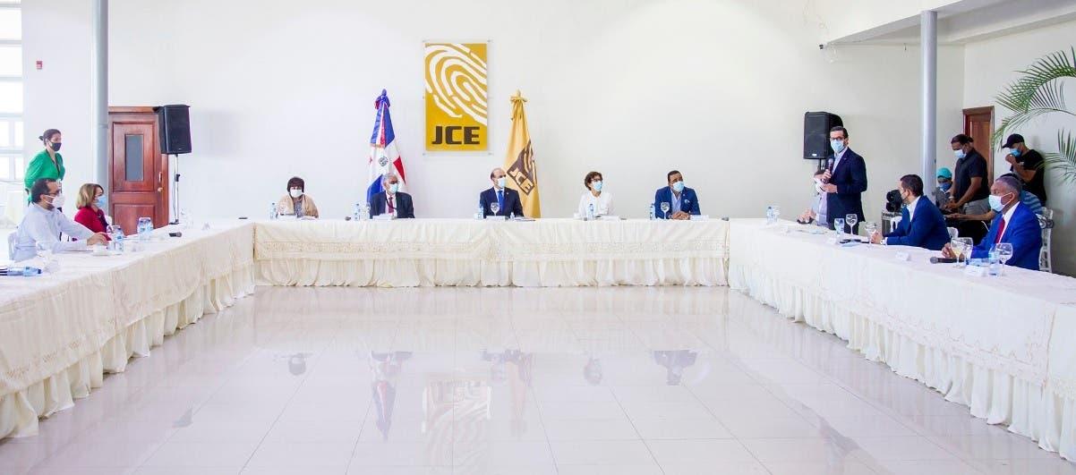 Pleno de la JCE y Comité de Compañía conocen avances de la táctica elecciones