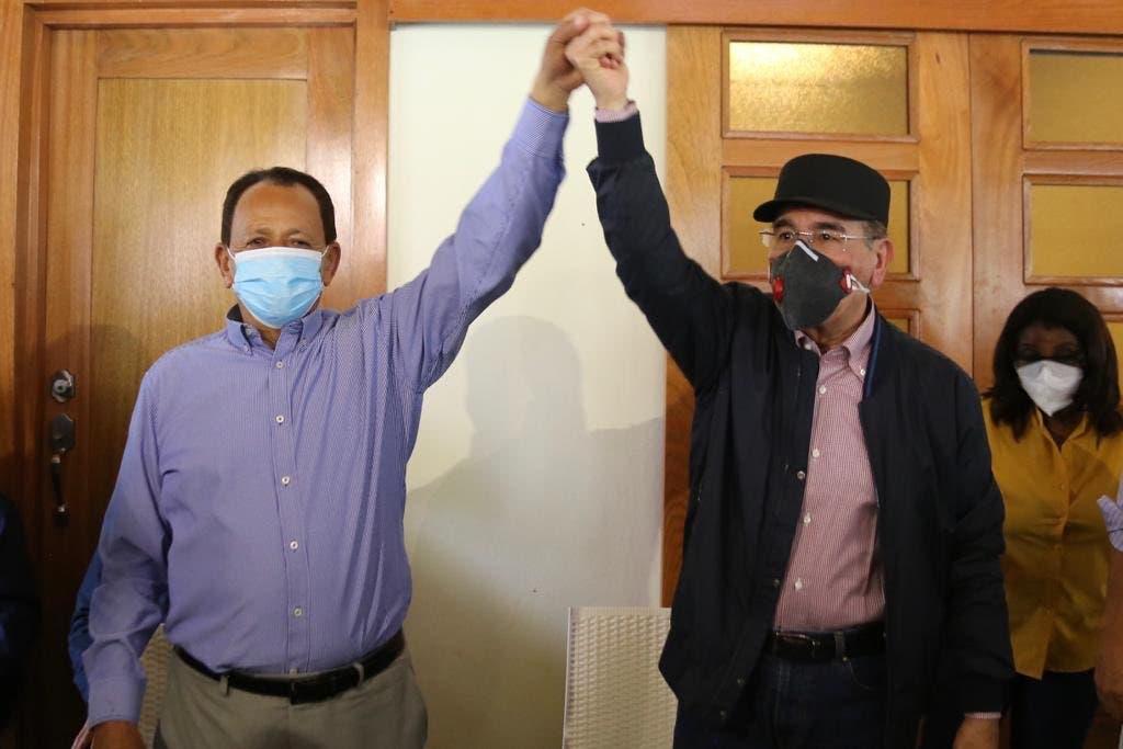 Danilo Medina recorre Dajabón, Valverde y Santiago Rodríguez en apoyo a candidatos PLD