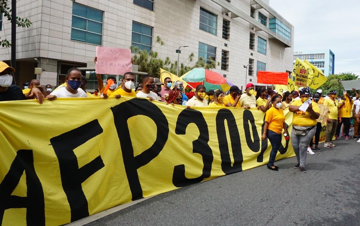 Rechazan protestas encabezadas por el diputado Pedro Botello exigiendo 30% de AFP