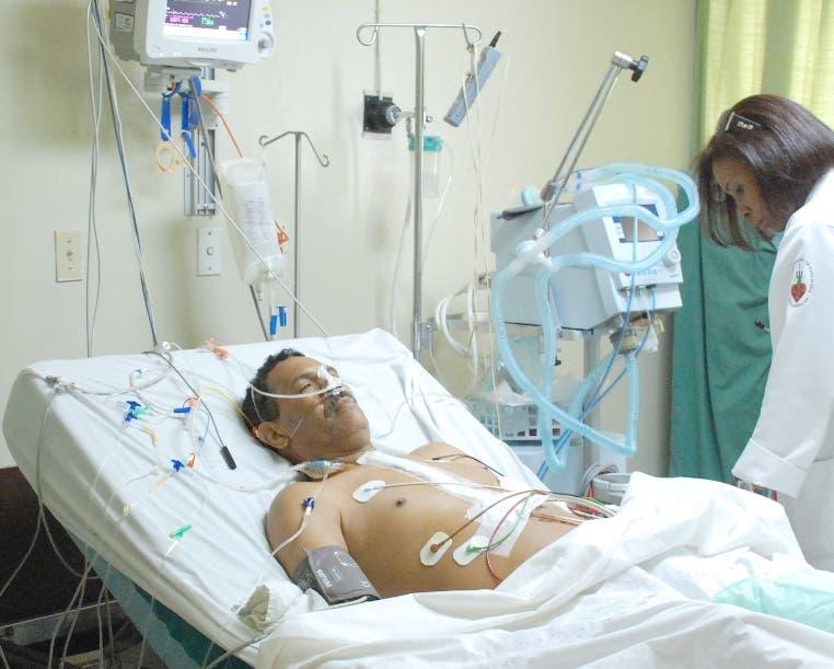 Intensivistas afirman pacientes con Covid-19 que ingresan a UCI tienen 60% de mortalidad