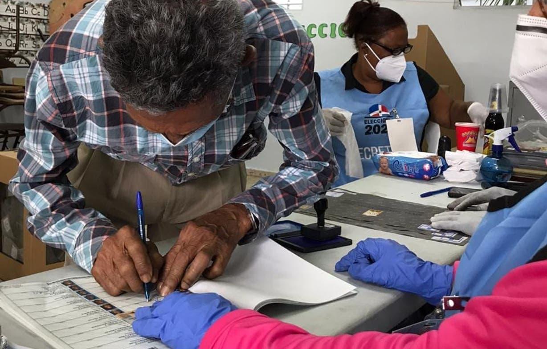 Junta del Distrito Nacional  cambia método para conteo   de votos