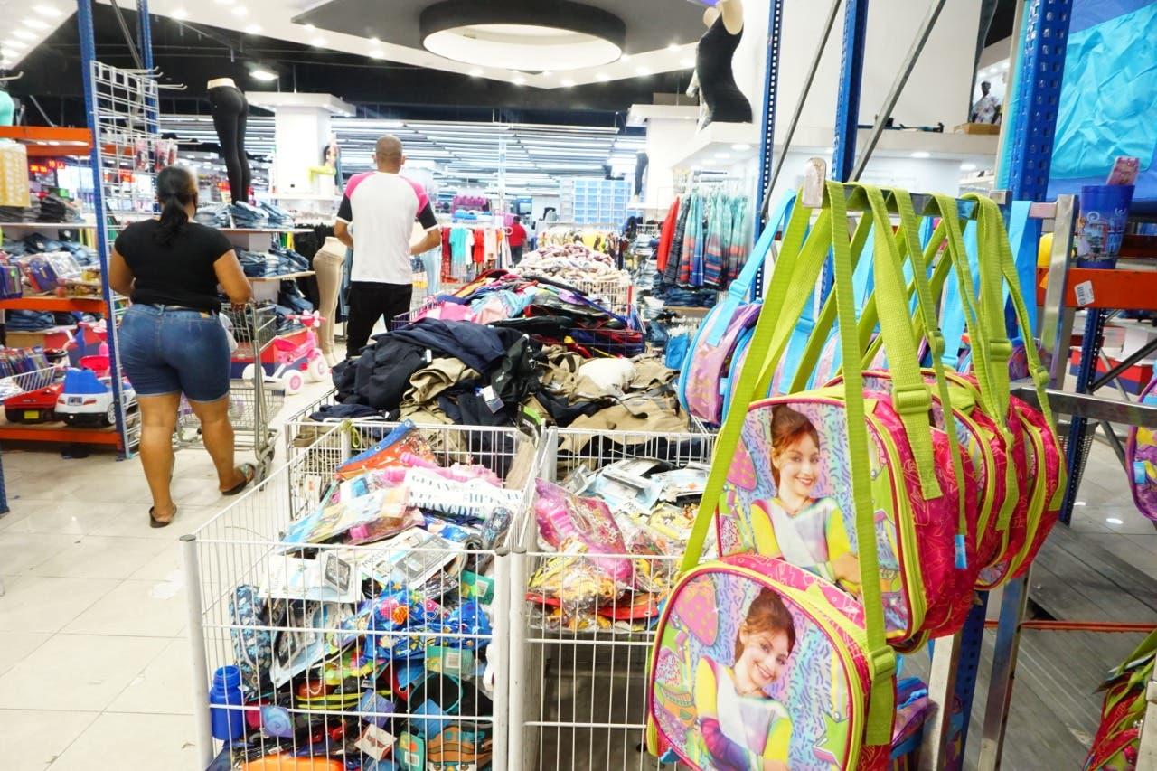 Sin regalos para los padres ni compra de útiles escolares; comerciantes estiman disminución en ventas en un 60%