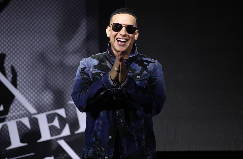 Daddy Yankee, Residente y Kany García reclaman ayuda humanitaria para Cuba