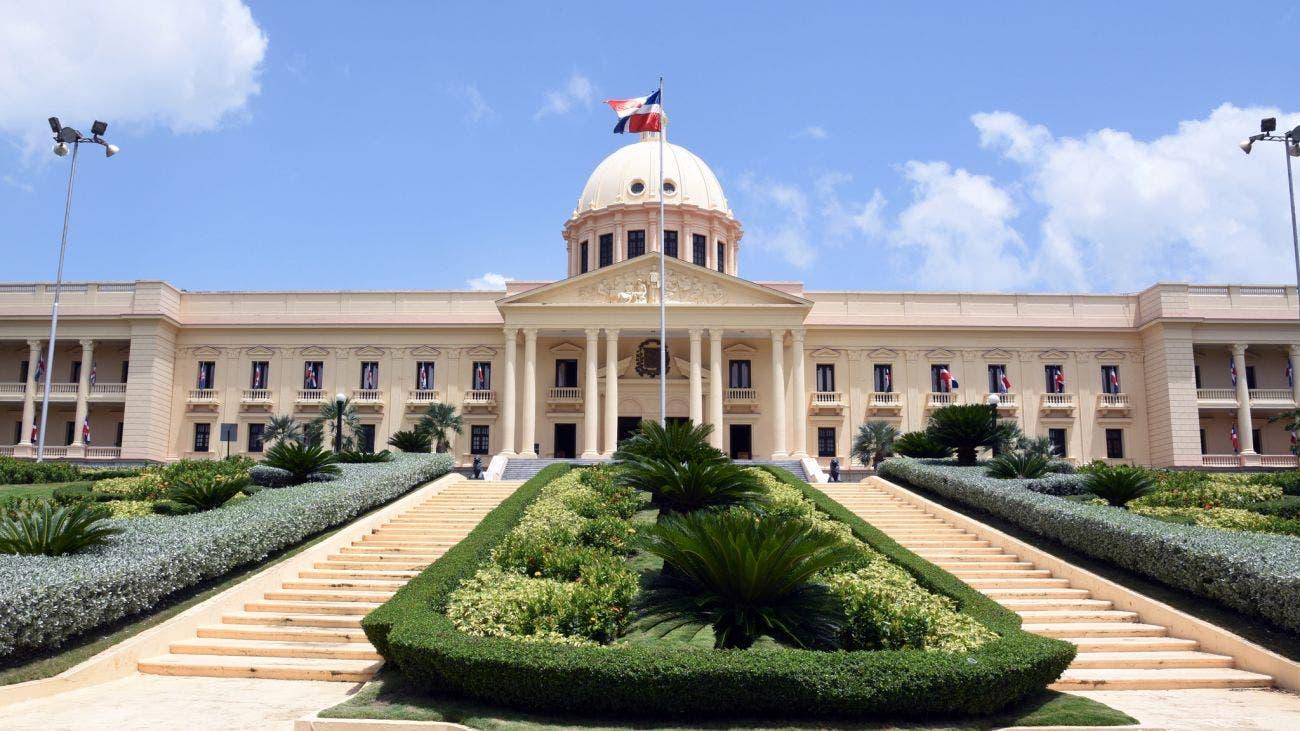 Conozca las instituciones a las que el presidente Abinader ha donado su salario