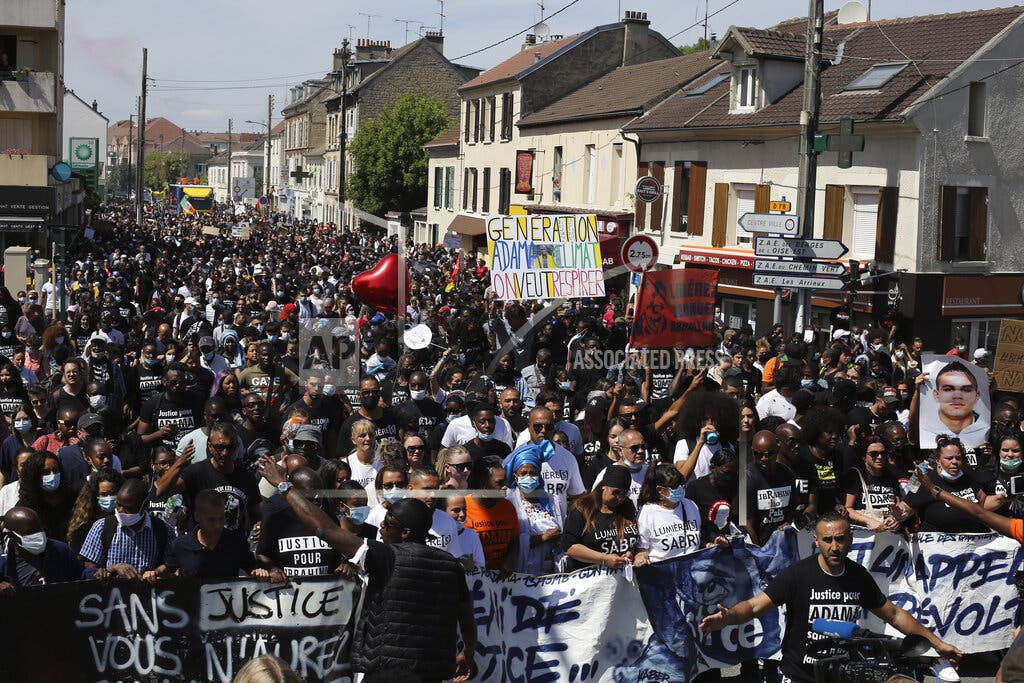 Francia: Marcha por hombre negro muerto a manos de policías