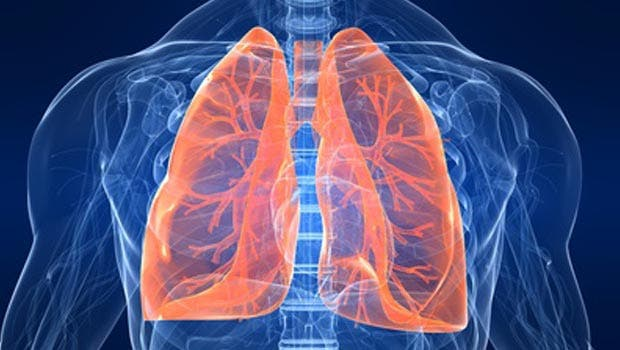 Sociedad Neumología advierte descuido en Covid-19 provocaría efectos devastadores