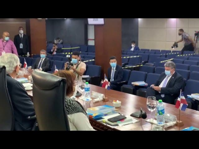 Pleno JCE se reúne con diplomáticos solicitaron ser observadores elecciones