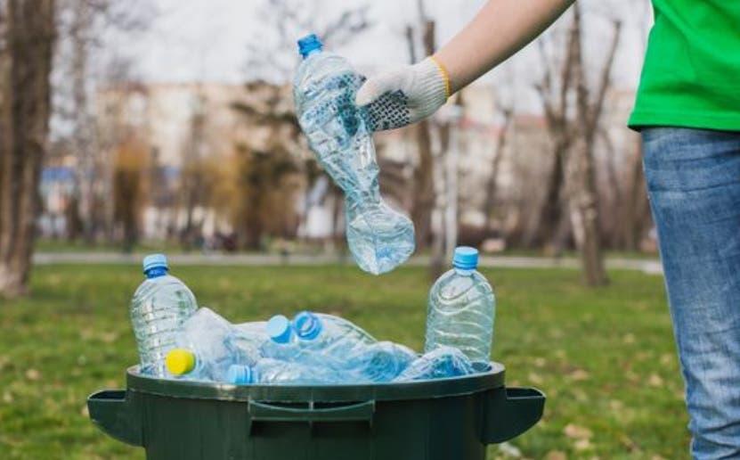 Coca-Cola promueve reciclaje por medio a concurso periodístico