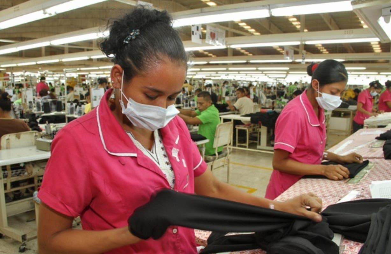 Empleados de la Fase II sufren descuadre salario