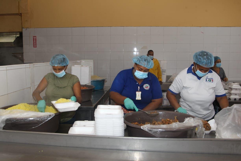 Comedores Económicos entregarán alimentos a comunidades afectadas por tormenta Laura