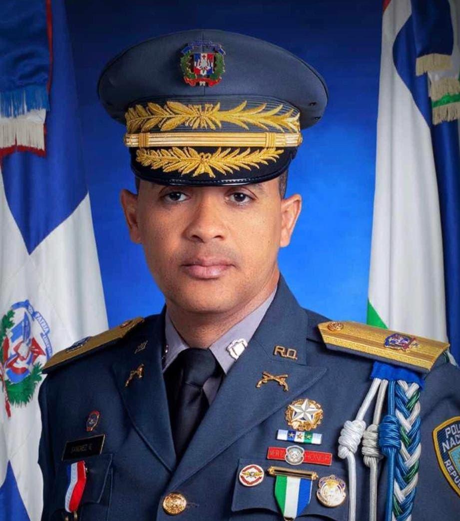 Edward Sánchez González, nuevo director de la Policía