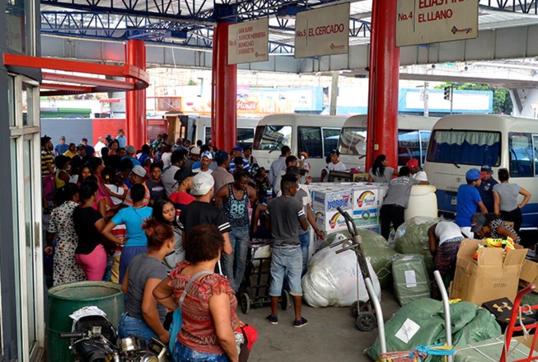 Transportistas violentan medidas  contra Covid-19