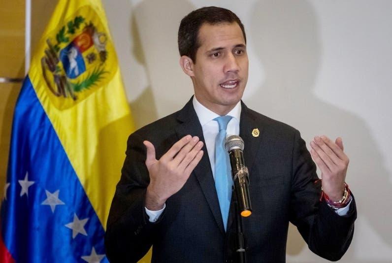 Cierran los centros de votación para la consulta impulsada por Guaidó