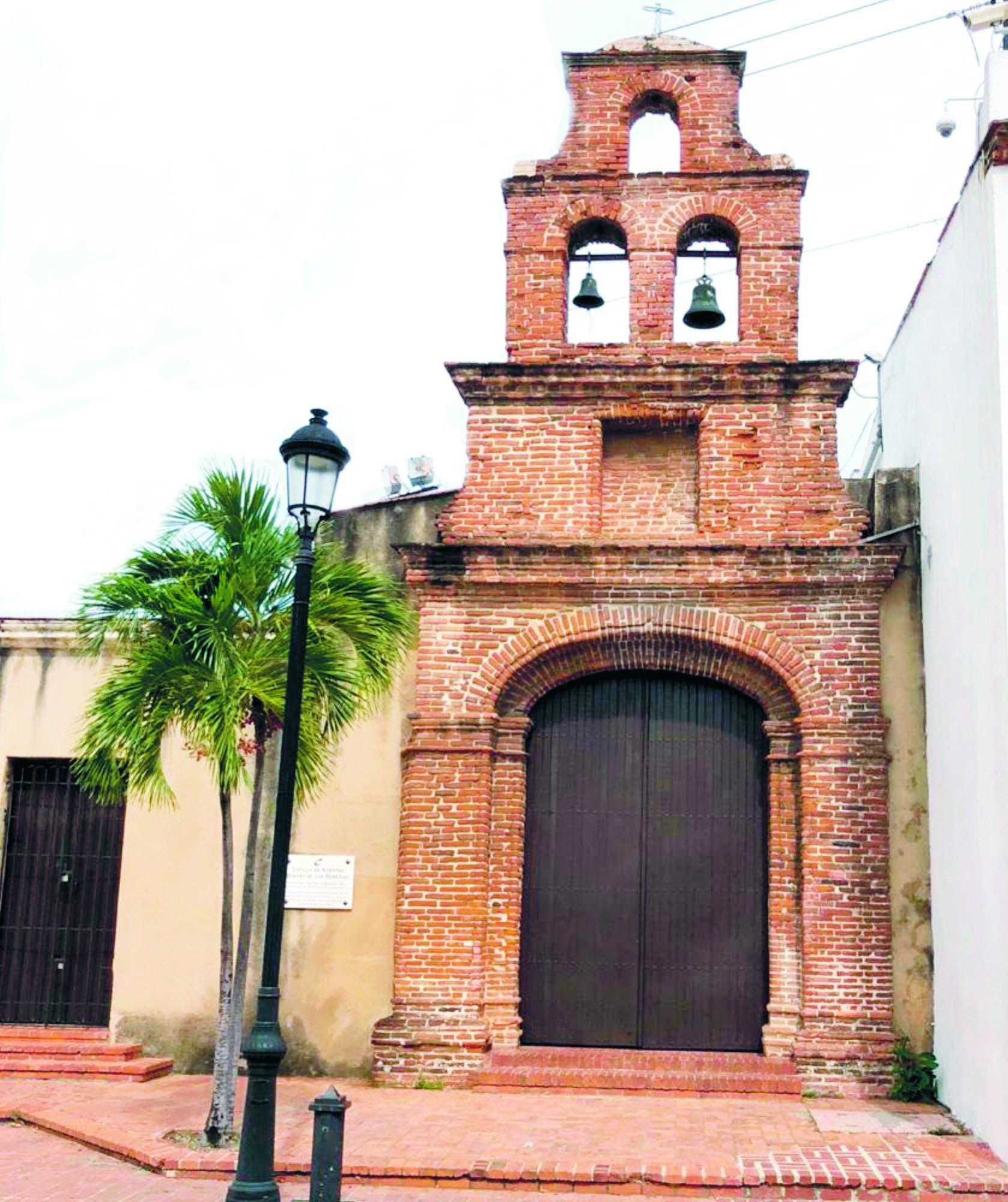 La antigua capilla del mayorazgo de Dávila es conocida como Santa María de los Remedios