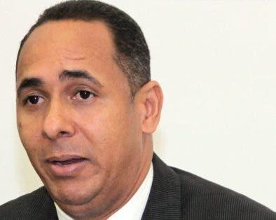 Presidente de Indotel dice solo un 67 % población tiene conectividad de cierta calidad