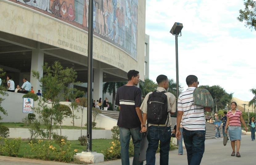 La UASD garantiza secciones suficientes para inicio de clases